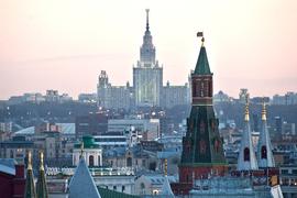 В результате падения курса рубля Москва опустилась с 7-го на 10-е место в рейтинге городов по уровню стоимости жилья и рабочего места одного сотрудника-управленца