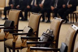 Депутаты и чиновники нередко попадают в списки крупнейших должников и надолго там задерживаются