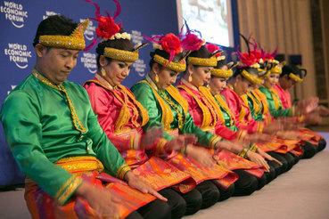 В Джакарте завершил работу всемирный экономический форум по Восточной Азии