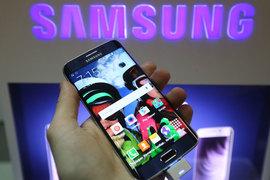Первые продажи смартфонов Samsung Galaxy S6 оказались ниже, чем предыдущей флагманской модели