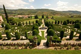 Проект Grandi Giardini Italiani открыл для посещения уникальные архитектурные объекты: поместье принца Конде, 25 розовых садов и владения аристократических семейств