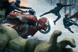 Это супергерои пока только разминаются перед встречей с могущественным врагом