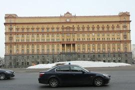 Руководители ФСБ и СВР указали в сведениях об имуществе машино-места, но не задекларировали в собственности ни одного транспортного средства