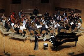 Елена Ревич и «Персимфанс» сыграли Бетховена в необычной мизансцене