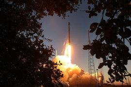 Falcon 9 был флагманским космическим кораблем частной компании Space Exploration Technology, более известной как SpaceX