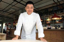 В рейтинге The World's 50 Best Restaurants-2015 ресторан Йошихиро Нарисавы занимает восьмое место