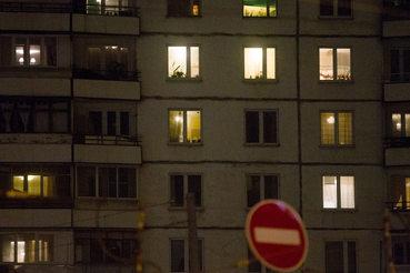Платежеспособный спрос сохранился только на недорогие объекты – маленькие однокомнатные и двухкомнатные квартиры в домах эконом-класса (снижение – около 7% в долларах)