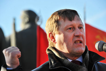 Мэр Новосибирска заявил о связях Навального и его соратников с США