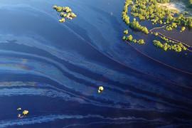 К настоящему времени собрано 73,5 куб. м нефтяной эмульсии