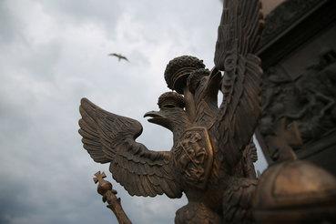 Российские власти решили готовиться к затяжной вражде с Западом