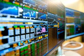 Индекс развивающихся рынков MSCI на утренних торгах в Нью-Йорке снизился на 2,1% до 944,11, индекс РТС вчера опускался ниже отметки в 900 пунктов