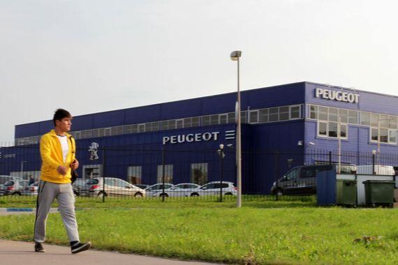 Inchcape закрывает Peugeot в Петербурге