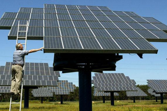 Солнечные батареи в Германии впервые в истории сравнялись по объему выработанной электроэнергии с атомными электростанциями