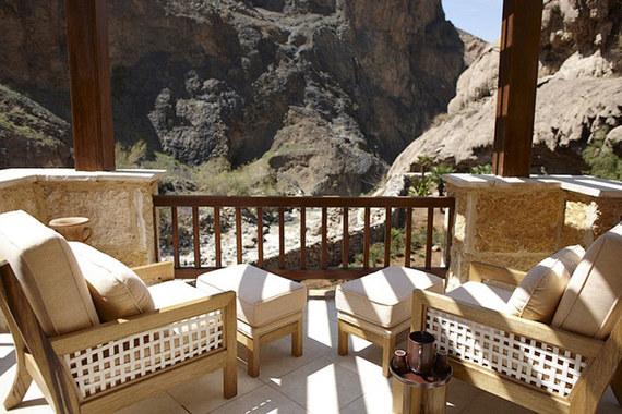 Лучшим Mineral & Hot Springs Spa стал центр Six Senses Spa курорта Evason Ma'in Hot Springs в Иордании. Спа находится непосредственно под водопадом из горячего источника