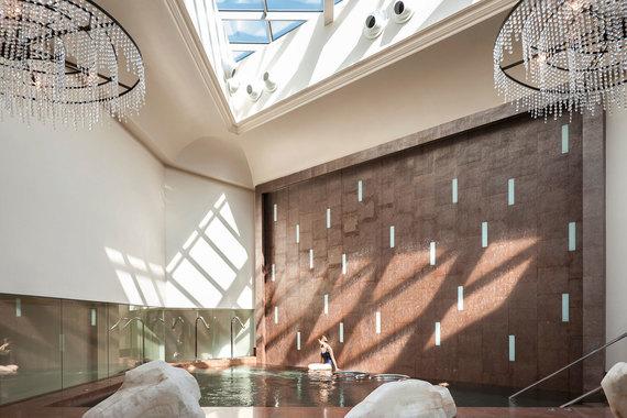Единственный представитель нашей страны среди победителей - спа Luceo отеля Four Seasons Lion Palace St. Petersburg. В число лучших в мире он пока не входит, но стал