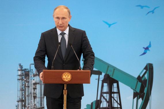 Путин запретил снижать инвестпрограммы нефтегазовых компаний