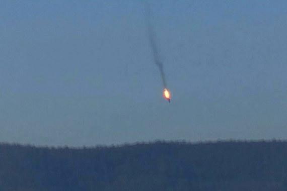 Российский Су-24 при возвращении на авиабазу «Хмеймим» был сбит турецким истребителем F-16, сообщает сайт Минобороны России