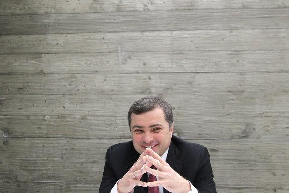 Владислав Сурков считает неплохими перспективы урегулирования в Донбассе