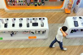 Покупатели выбирают между планшетом и фаблетом