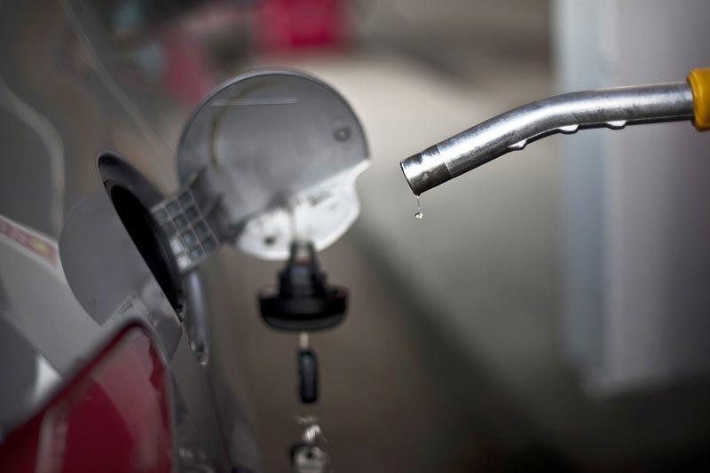 Нефтяники обещают, что и без «Евро-4» дефицита топлива не будет