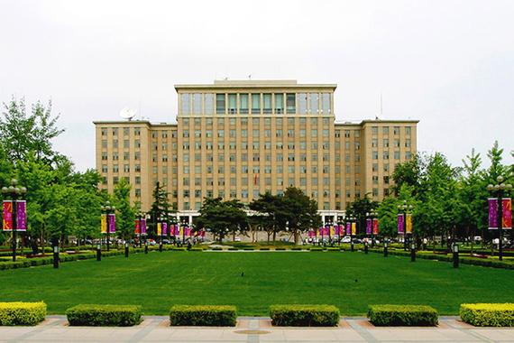 Лидером QS World University Rankings: BRICS 2015 остался Университет Цинхуа