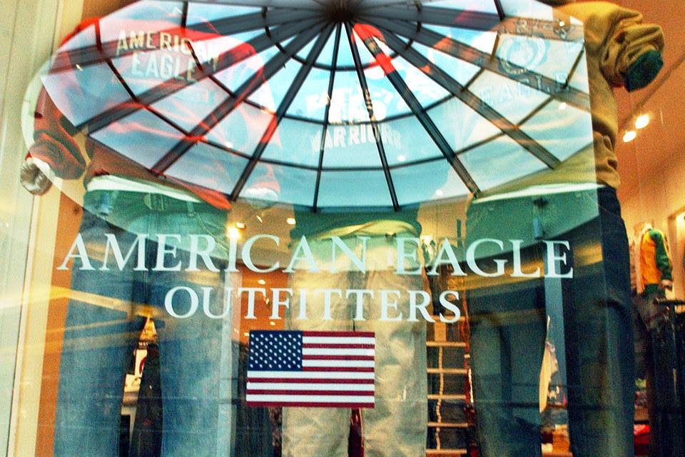 В России American Eagle Outfitters развивала компания «Монэкс трейдинг»