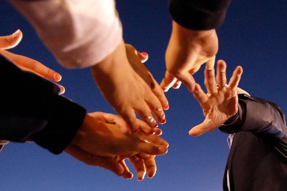 Законопроект предлагает дать регионам право самим утверждать перечень видов социально ориентированной предпринимательской деятельности, а также оказывать таким предпринимателям поддержку