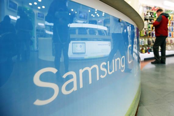 Смартфоны Samsung исчезли из салонов «Евросети», «Связного», «Вымпелкома» и «Мегафона»