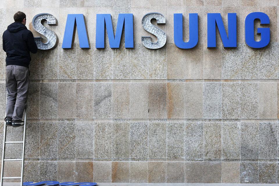 Ритейлеры говорят о проблемах с браком в смартфонах Samsung