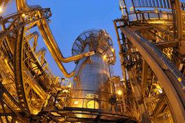 Американские санкции могут помешать расширению единственного в России СПГ-завода