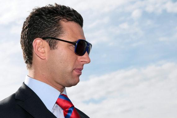 Сын Бориса Ротенберга Роман, оказался в списке американских санкций после того, как приобрел компанию Oy Langvik Capital у своего отца и дяди, Аркадия Ротенберга, подпавших под санкции вместе с Тимченко в марте 2014 г.