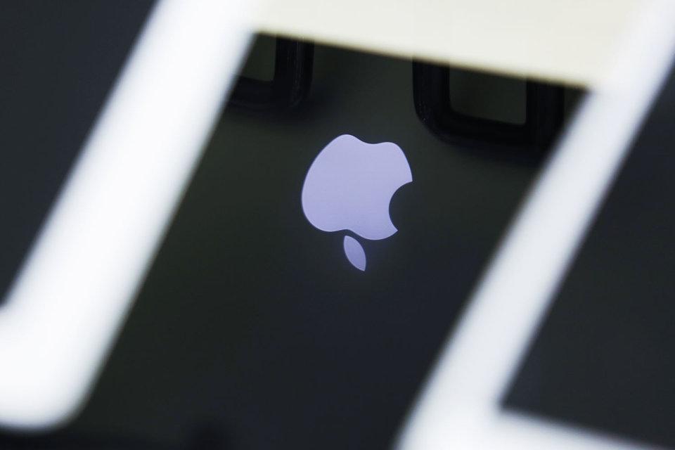 Apple отказалась осуществлять партнерские выплаты разработчикам на счета в Сбербанке