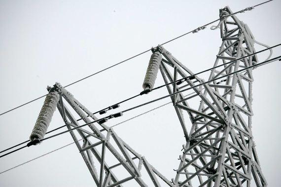 Потребители электроэнергии, напротив, предлагают не ограничивать замораживание одним годом