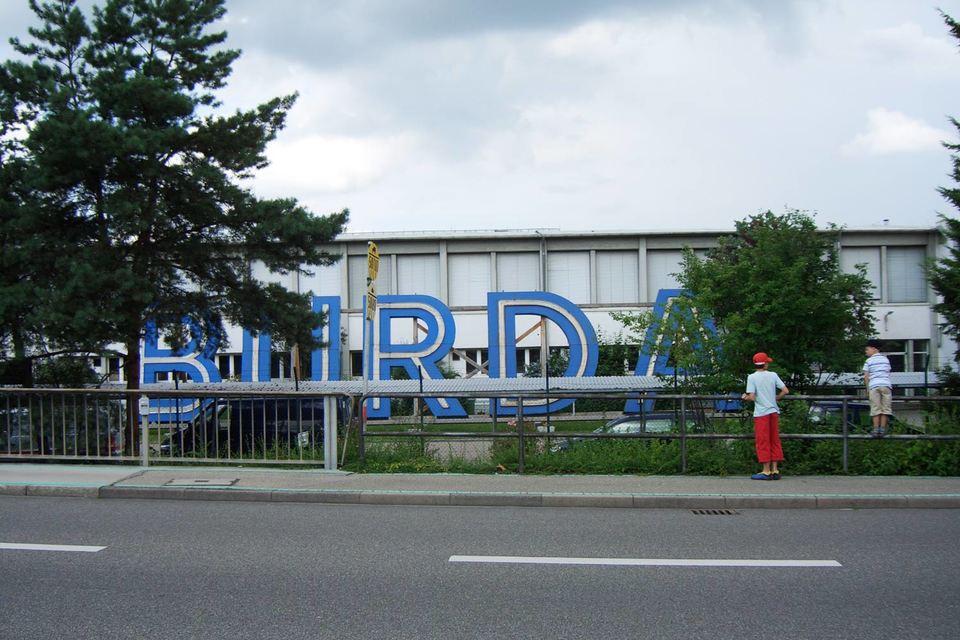 За долю в проекте Burda платит не деньгами, а продвижением в своих журналах и на сайтах