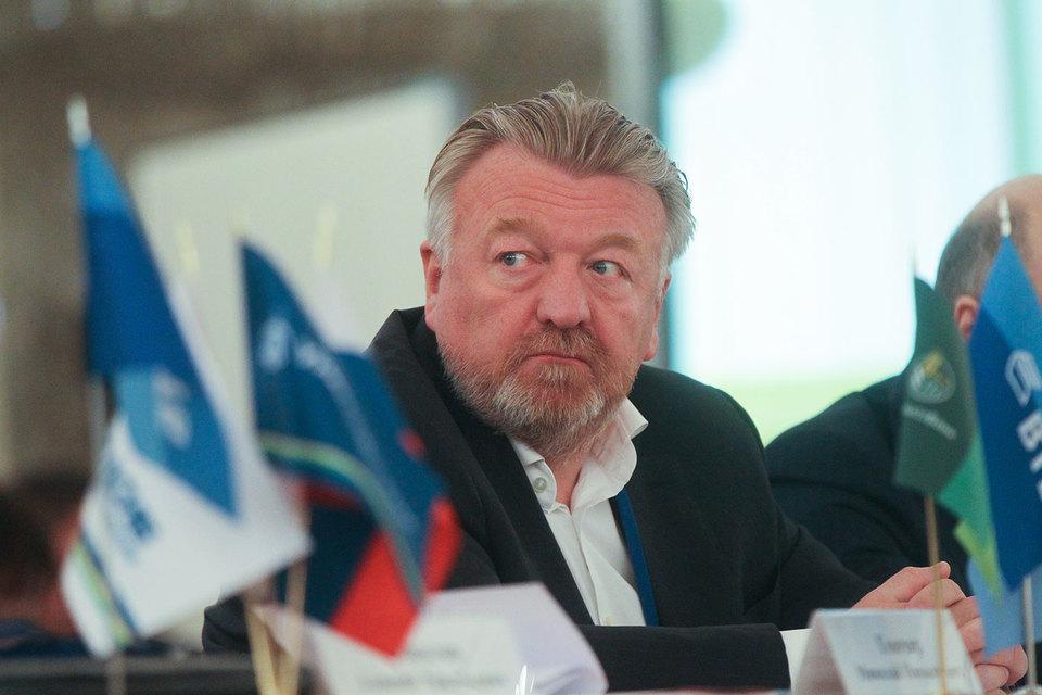 Проблема санкций стоит очень остро в отношениях между Россией и Китаем, признал Титов