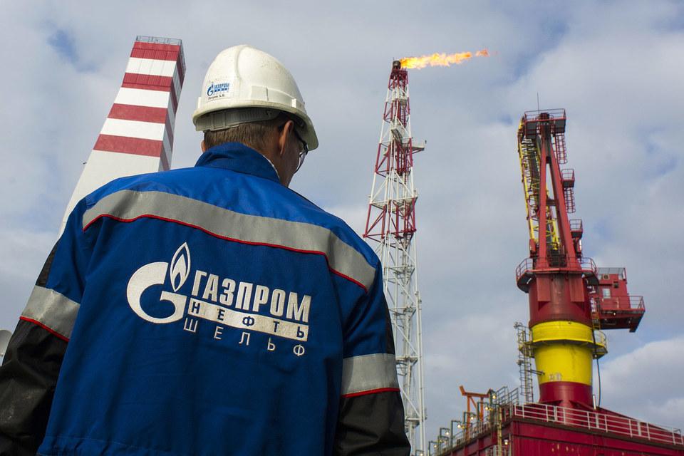 Из-за санкций и низких цен на нефть «Газпром» и «Роснефть» не выполняют свои обязательства на шельфе, говорил на прошлой неделе замминистра природных ресурсов Денис Храмов