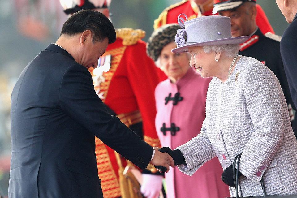 Государственный визит Си Цзиньпина предполагает встречу с королевой Елизаветой и прием в Букингемском дворце