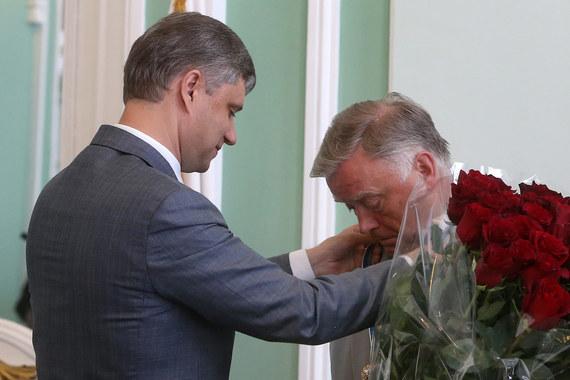 Президент РЖД Олег Белозеров (слева) решил задачу, которую не хотел даже рассматривать его предшественник Владимир Якунин