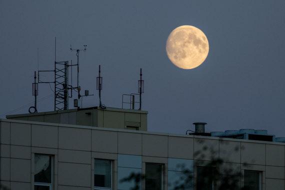 До совместного использования частот операторам теперь не как до Луны