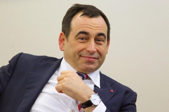 «Инград» входит в концерн «Россиум», а его владельцем, в свою очередь, является основной акционер Московского кредитного банка Роман Авдеев
