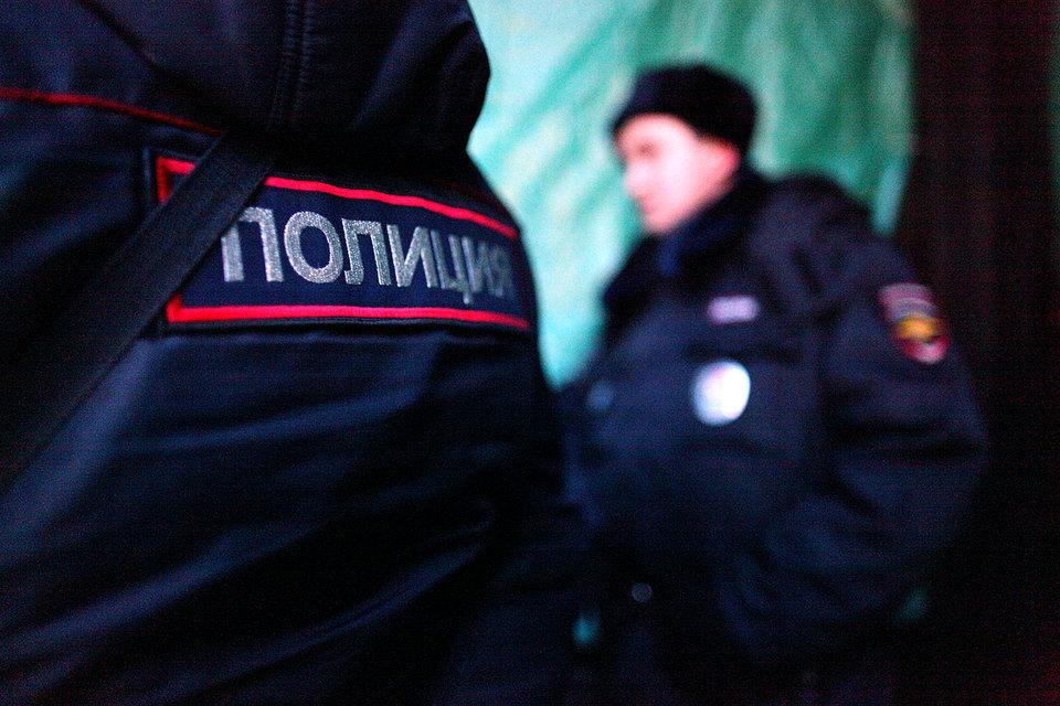 Полиция несет службу в усиленном режиме