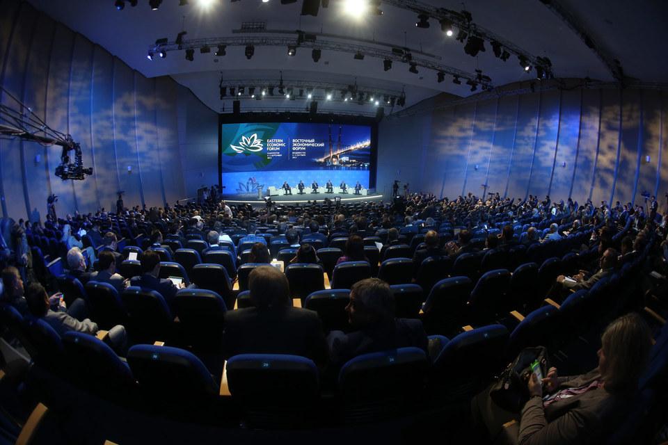 Форумов в России много, а организатор должен быть один, считают чиновники