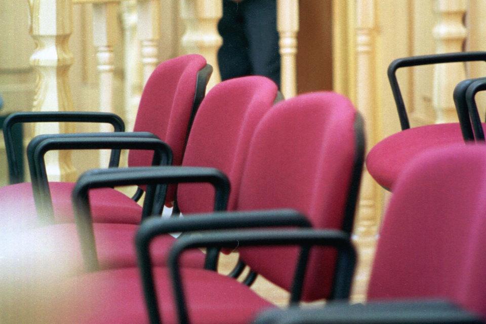 Число присяжных сократят до 5–7 человек, но судью в совещательную комнату не пустят, дал понять президент в сегодняшнем послании