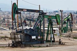 Производители сланцевой нефти из США подвинули ОПЕК на мировом рынке