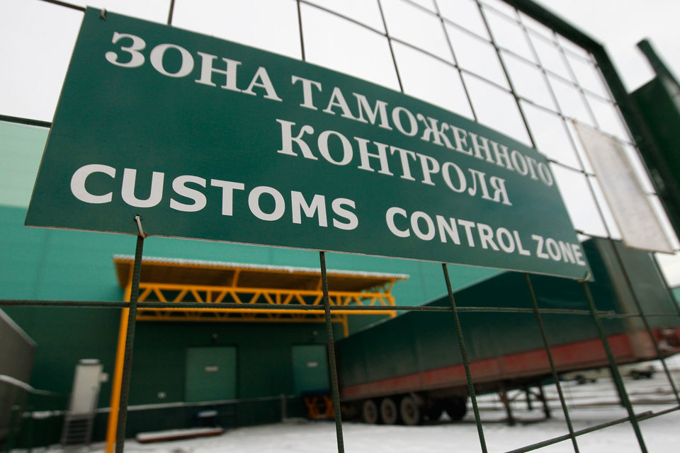 Минпромторг предлагает ввести уголовную ответственность за контрабанду товаров легкой промышленности