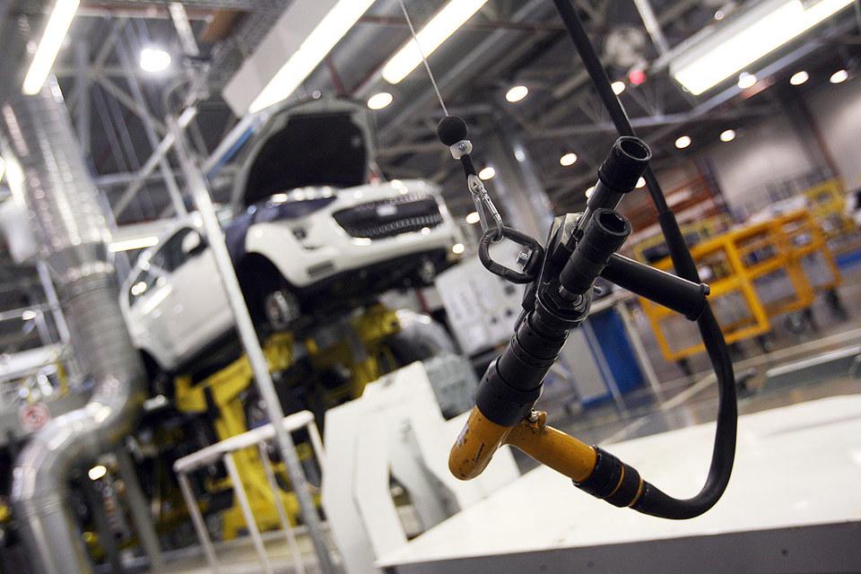 «ПСМА рус» почти на месяц приостановил выпуск автомобилей