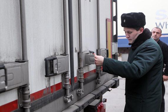 Минфин предлагает бороться с валютными нарушениями при импорте с помощью конфискации