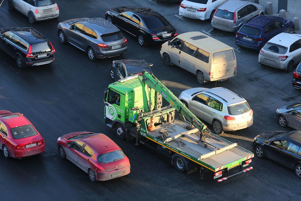 В Госдуме готовятся к принятию законопроекты об изменении правил эвакуации автомобилей и медицинского освидетельствования водителей
