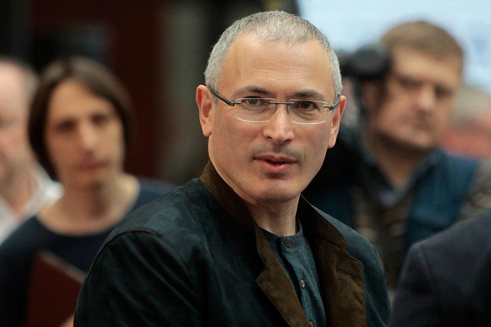 26 членов парламентских партий хотят получить поддержку Михаила Ходорковского на осенних выборах в Госдуму