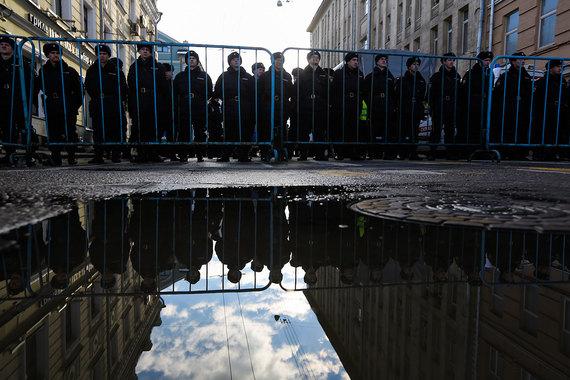 Страховщики не захотели страховать военнослужащих МВД из-за низкой цены контракта и возможных убытков